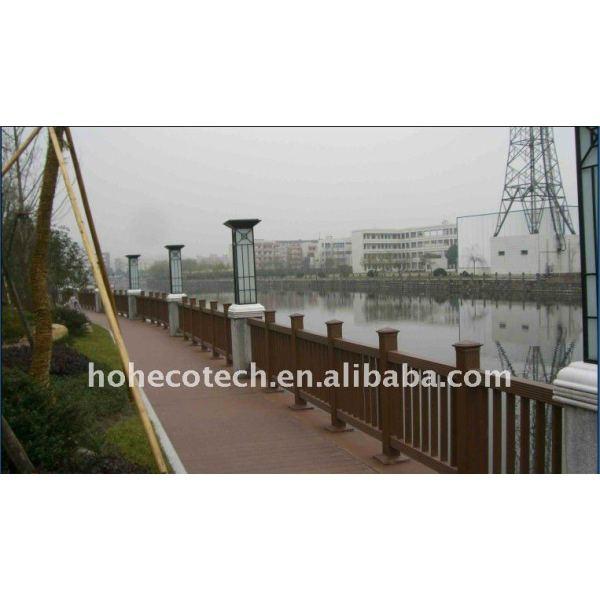 el diseño del pozo del puente de wpc barandilla a prueba de agua el puente de barandilla de madera compuesto plástico de barandilla de la escalera