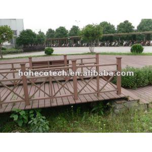 Engenharia de textura de madeira wpc trilhos de jardim corredor/ instalações do parque/ varanda/ pátio/ prancha