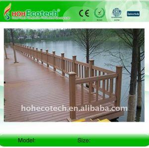 Decking composé en plastique en bois cannelé de conseil de decking de wpc/decking/bois de charpente en plastique de plancher