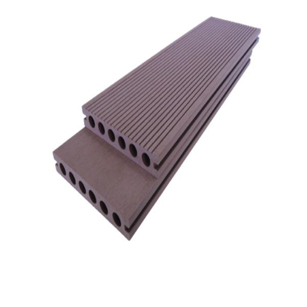 Decking Wpc   Revestimento externo de madeira falsa   revestimento de piso composto anti-uv à prova de água ecologicamente correto para ambientes externos