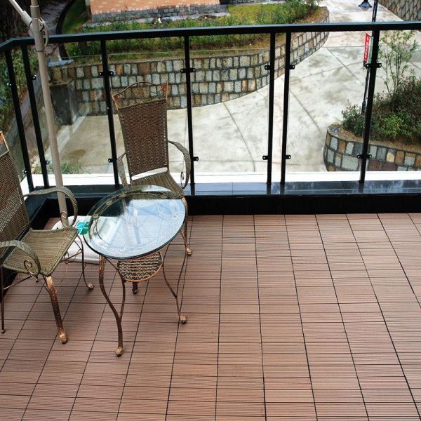 Beautiful wood grain wpc composite deck tile