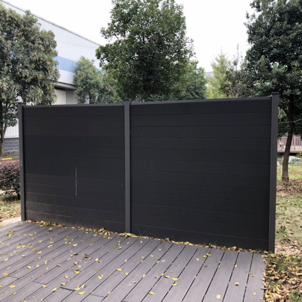 Durable no cracking wood plastic composite fence