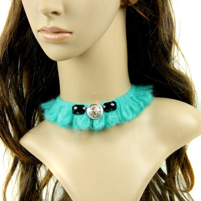 Europe vintage style green wool short collar necklace