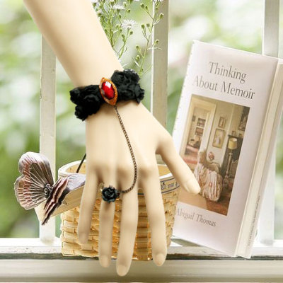 Lace Bow Design Bracelet&Ring with Beautiful Red Jewel
