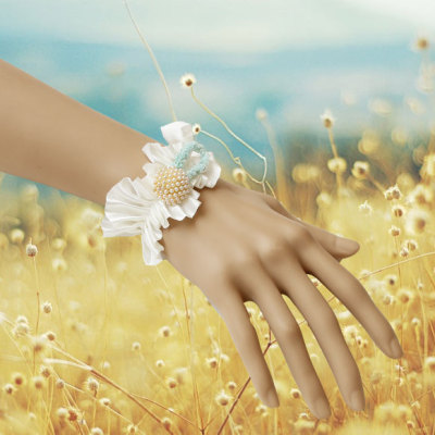 Nice white lace with Japanese beads bracelet factory supply