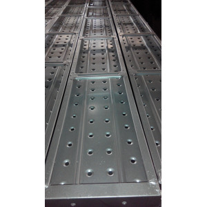 Ringlock scaffolding metal plank with hooks