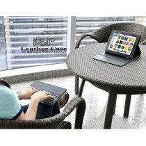 Leather case with keyboard for iPad 2