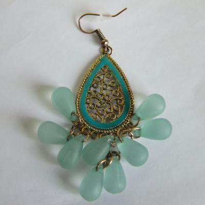 Antique Gold Dangle Earring With Fish Hook