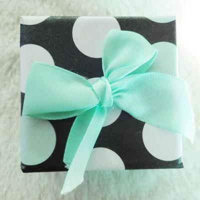 Free Shipping Circle Dot Box With Bow