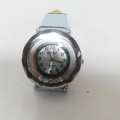 Blue Shining Watch With Rhinestone