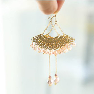 Free Shipping Fan-shaped Earrings With Crystal