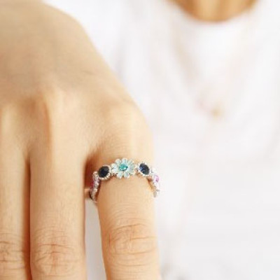 Garland Shape Ring