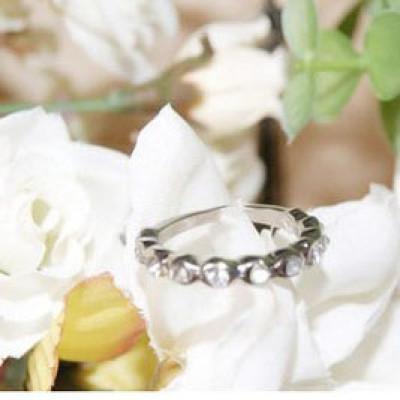 Shiny Ring With Rhinestones