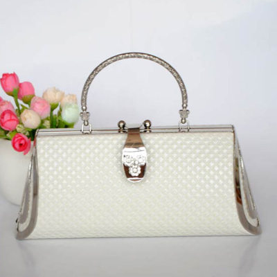 White Princess Evening Handbag With Lozenge Patterns