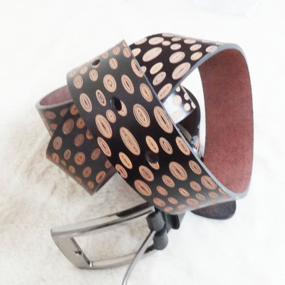 [Free Shipping] Genuine Leather Belt With Oval-shaped  Patterns