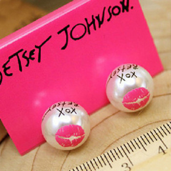 [Free Shipping] Jewelry Wholesale European And American Retro The Jewelry Personalized Lips Pearl  Earrings 2g