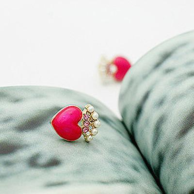 [ Free Shipping ] Oil Pearl Diamond Peach Heart Drop Earrings