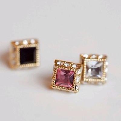 [ Free Shipping ] Jewelry Wholesale Simple Retro Sweet Square Diamond Female Earrings