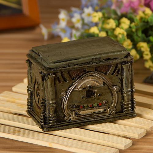 Retro Radio Model Storage Box Old Resin Ornaments