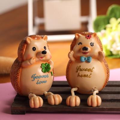 zakka grocery hedgehog couples piggy bank Desktop Decoration / the resin dolls Piece selling