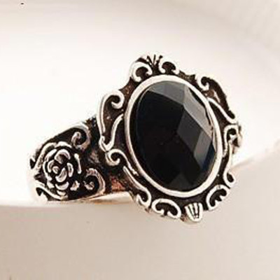 [Free Shipping]M40105 jewelry factory wholesale retro personality carved mirror ring teeth black crystal ring 1g