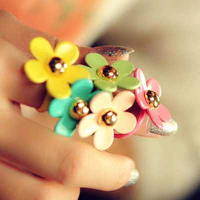 [Free Shipping]M40248 Korean jewelry awesome ~ sweet cute multicolor daisy ring five flower ring 5g