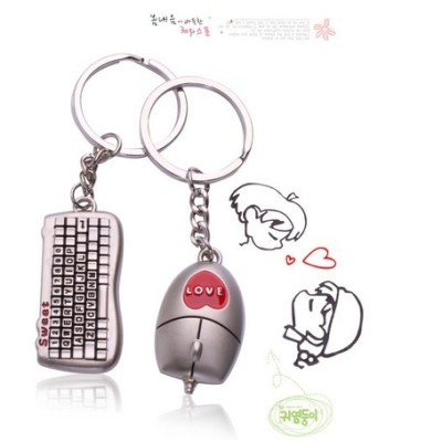 Free shipping Gift character keyboard and mouse lovers Keychain simulation Keychain