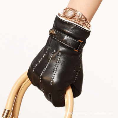 Hot sale Women's leather gloves / cashmere / hand embroidery / top sheepskin