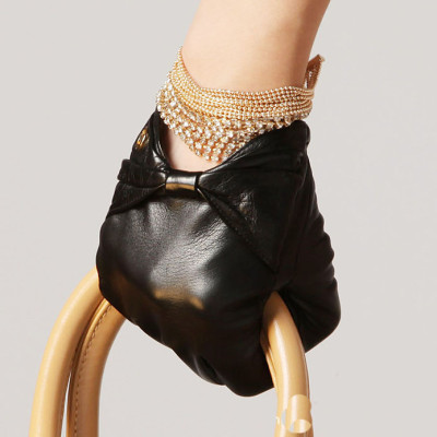 The Hot sale 2012 new bow Decorative Ms. Short leather gloves