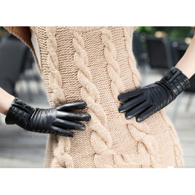 Factory direct custom wholesale glove the velvet warm leather gloves ladies sheepskin gloves