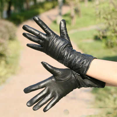 Manufacturers gloves wholesale customized direct marketing warm and long sections Ms. sheepskin gloves