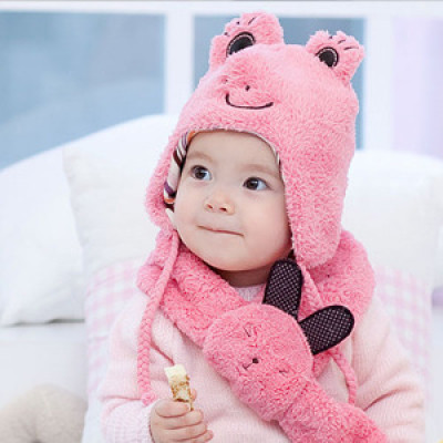 The New Frog Shape Baby Warm Autumn And Winter Hat And Scarf