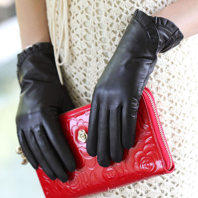 Hot sale female fashion Personalized Korean winter touch sheepskin leather gloves