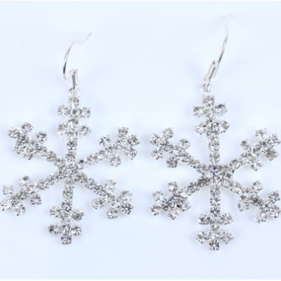 [Free shipping] Color Retention Christmas Snowflake Earrings The Water Droplets Tassel Diamond Earrings Banquet Nightclub Plated 18K