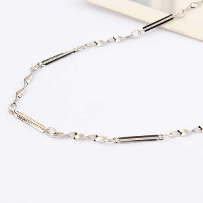 [Free Shipping] jewelry the Special Silver 18-inch-plated white cross twisted piece Necklace with chain / manufacturers direct wholesale