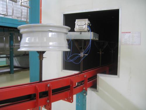Čtyřkanálový sledovač teploty práškového lakování