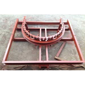 Tensionning systems for conveyor Chain