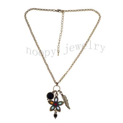 pentacle pendant short necklace