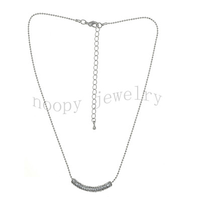 crystal stones short chain necklace
