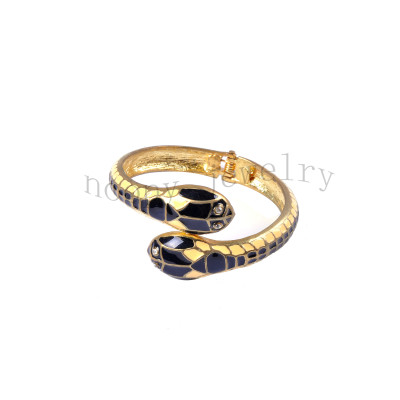 fashion black and white epoxy snake bangle