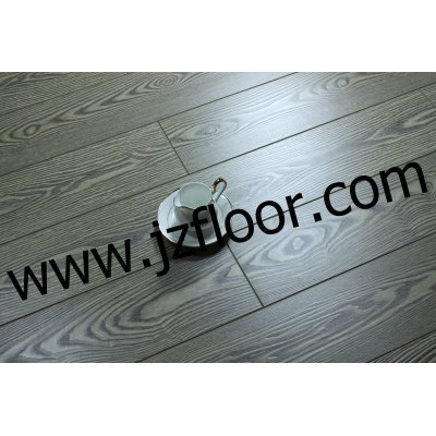 12MM OAK HDF Laminated Floor