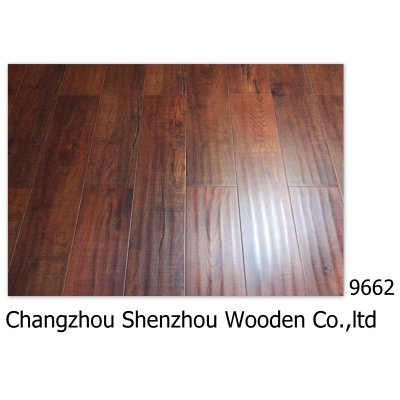 Oak handcraped Laminate Floor