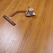 12mm  hot sale handscraped match registered Laminate Flooring