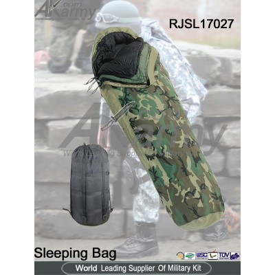 woodland 100% nylon modular sleeping bag