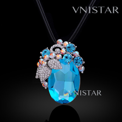 Free shipping! Necklaces, fashion crystal necklace, grape pendant, large oval crystal, VN565, pendant size 33*43mm, sold in 2 pcs per pack