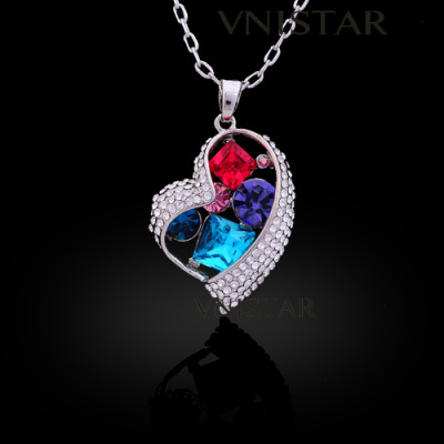 Free shipping! Necklaces, fashion crystal necklace, love necklace, heart necklace, crystal inside, VN556, pendant size 23*30mm, sold in 2 pcs per pack