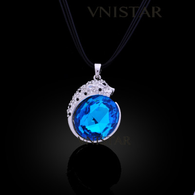 Free shipping! Necklaces, fashion crystal necklace, leopard pendant, big oval crystal, VN548, pendant size 27*32mm, sold in 2 pcs per pack