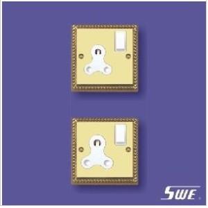 Switched BS 546 Socket (TA Range)