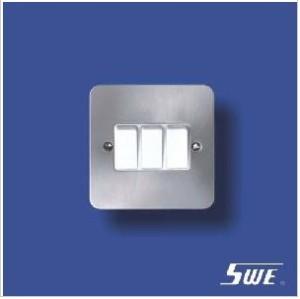 3 Gang Plate Switch 10A 250V (TB Range)