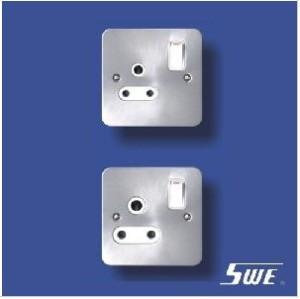 Switched BS 546 Socket (TB Range)